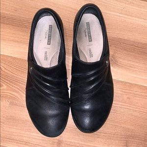 Clarks collection flats black size 7.5